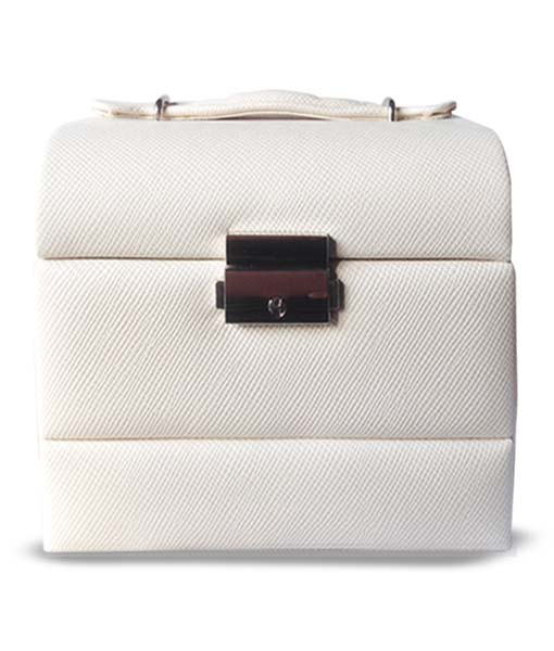 Small Cream Leatherette Travel Jewellery Box
